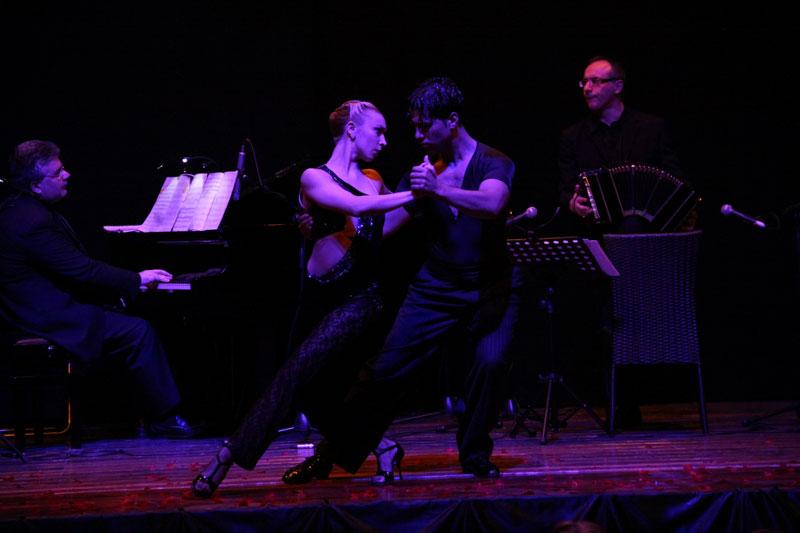 tango10.jpg